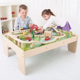 BJT040 - BigJigs Services Train Set and Table