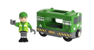 33894 cargo engine with driver